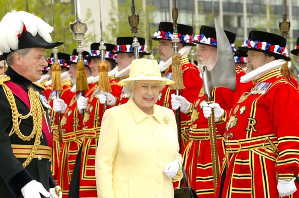 Auch Queen Elizabeth II. ist immer mal wieder zu Gast im Tower of London. (Foto HRP/Richard Lee-Hair)