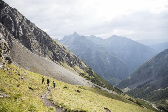 Malerisch: die Lechtaler Alpen bei Zmas zwischen der Memmminger Hütte und der Ansbacher Hütte . (Foto Tirol Werbung)