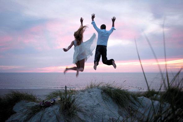 151 Paare haben im vergangenen Jahr auf Amrum den Sprung in die Ehe gewagt. (Foto: djd)