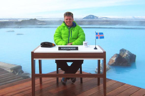 """Der Guðmundur aus dem Norden Islands fungiert als """"Ask Guðmundur"""" – die weltweit erste menschliche Suchmaschine."""
