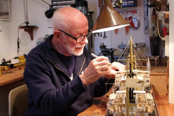 Liebevoll und detailllgetreu wird im Marstal Maritime Museum an den Exponaten gearbeitet. (Foto Bjørg Kiær)