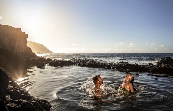 Das Naturschwimmbecken Charco Azul auf El Hierro ist ein von Vulkanen geschaffener Badplatz der besonderen Art. (Foto: ots)
