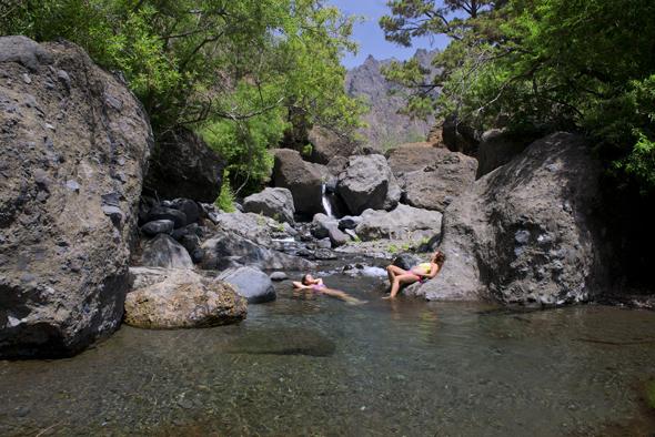 Ein Badetraum auf Gran Canaria: die Piscinas de Roque Prieto. (Foto obs)