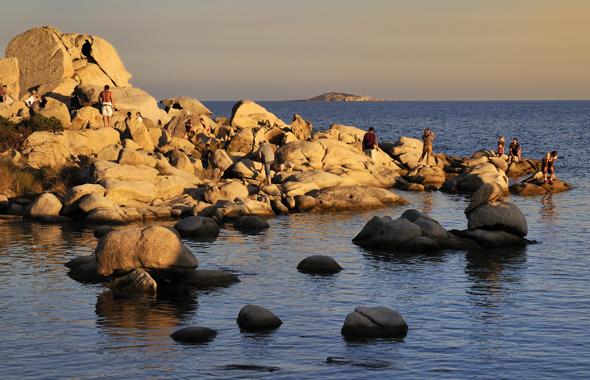 Die Küste rund um Korsika ist vielfältig und abwechselungsreich. (Foto Office Municipal de Tourisme)