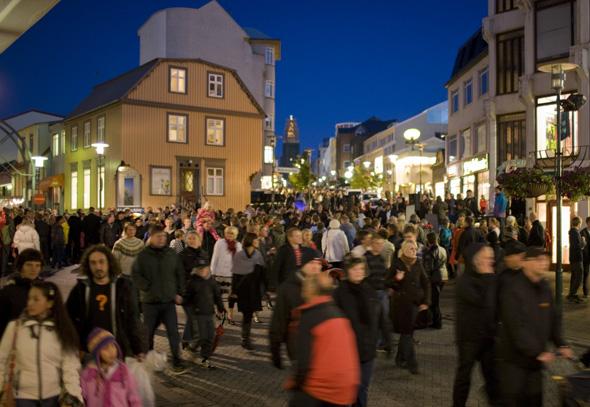 In den Straßen von Reykjavik tobt vor allem freitags und samstags das Nachtelben. (Foto Iceland Tourist Board)