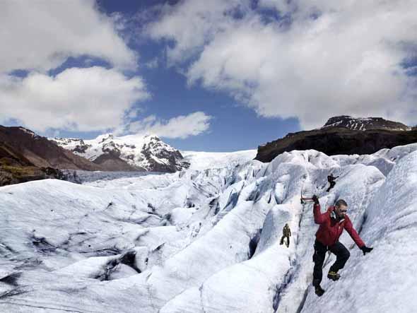 Zu den besonderen Erlebnissen in Island gehört fraglos eine Gletscher-Tour. (Foto Iceland Tourist Board)