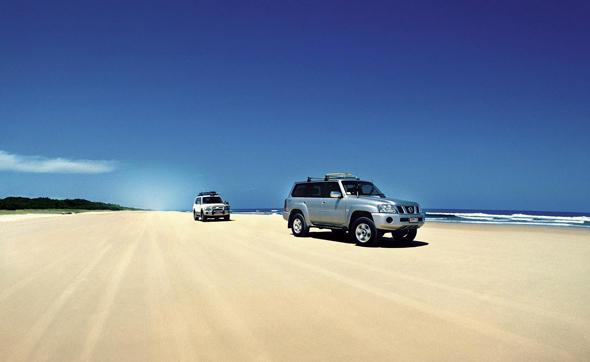 Ungewöhnliches Strandvergnügen: Mit dem Allraddfahrzeug über den Freat Beach Drive zu düsen.