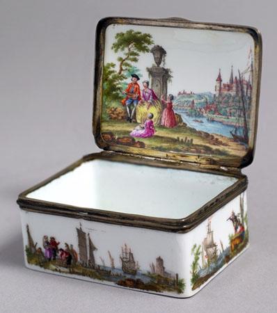 Zur Sammlung des Hunt Museums gehört auch wertvolles Porzellan. (Fotos Tourism Ireland)