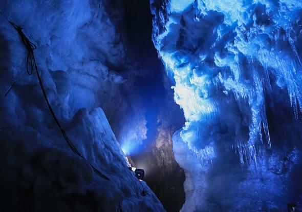 Die Faszination Gletscher erschließt sich am nun auf ganz neue Art und Weise. (Foto Roman Gerasymenko)