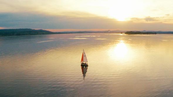 Der BNodensee übt seit jeher eine große Faszination auf Radfahrer und Wassersportler aus. (Foto Marvin Nucklaus-Spielraum)