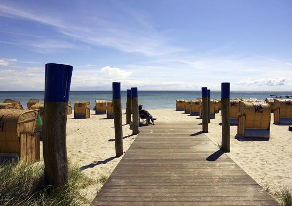 Beliebter Tummelplatz für Sonnenhungerige und Badefreunde: der Südstrand. (Foto Stefan Sobotta)