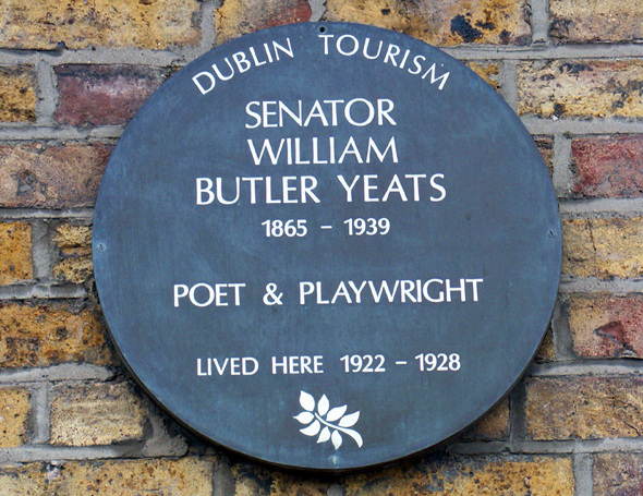 Gedenktafel am Yeats Haus am Merrion Square 82 in Dublin. (Foto Karsten-Thilo Raab)