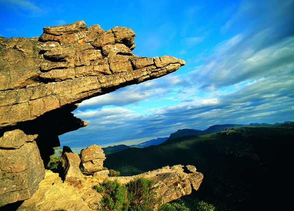Spektakuläre An- und Aussichten warten in den Grampians. (Foto Tourism Victoria)