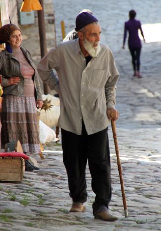 Im Kaukasus lässt sich noch heute ein Stück ursprüngliches Aserbaidschan erleben. (Foto Karsten-Thilo Raab)