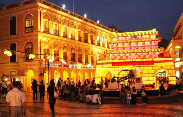 Herzstück der historischen Altstadt von Macau: der Senatzplatz. (Foto Karsten-Thilo Raab)