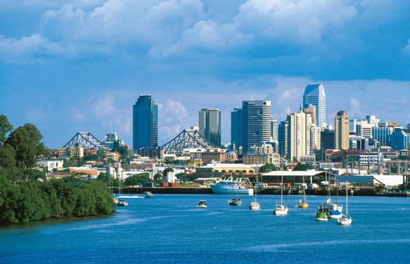Überragt wird die Skyline von Brisbane - wie hier vom Hamilton Reach aus gesehen - vom Aurora Tower.
