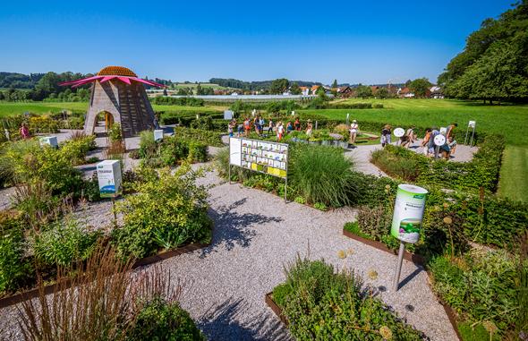 Die Pflanzenwelt des Naturheilkunde-Pioniers Alfred Vogel in Roggwil ist ein Kräutergarten der Superlative.