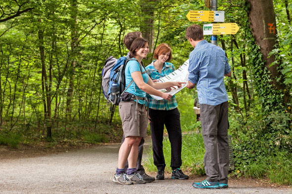 Die neuen Wegmarkierungen und das umfangreiche Karten- und Informationsmaterial machen die Orientierung beim Wandern einfach. (Foto Thomas Rathay)