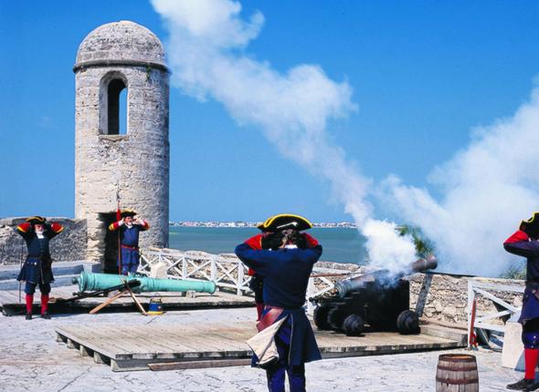 Einer der geschichtsträchtigstenm Orte in Florida: dasCastillo de San Marcos Fort in St. Augustine. (Foto Visit Florida)