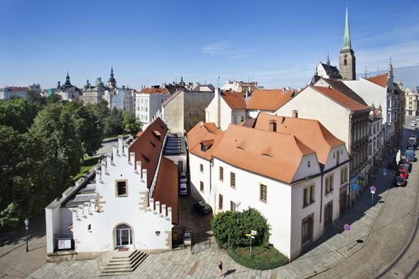 Die Altstadt von Pilsen besticht durch eine Reihe an prächtigen historischen Gebäuden.