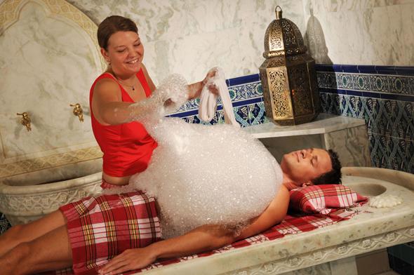Ein Stück orientalischer Lebensart lässt sich beim Besuch des Hamams erleben. (Fotos Mediterana)