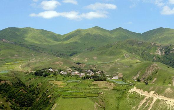 Das Kaukasus-Gebirge in Aserbaidschan eröffnet Naturfreunden insbesondere rund um Shahdag zahlreiche Möglichkeiten. (Foto  Ministry of Culture and Tourism of Azerbaijan)