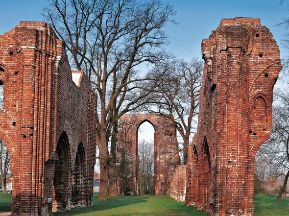Ein Motiv von Caspar David Friedrich: die Klosterruine Eldena in Greifswald, (Foto: Grundner)
