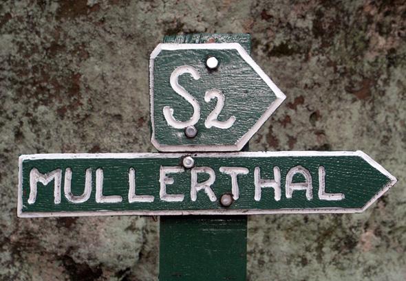 Das Mullerthal in der Kleinen Luxemburgischen Schweiz besticht durch im wahrsten Sinne des Wortes ausgezeichnete Wanderwege. (Foto Karsten-Thilo Raab)