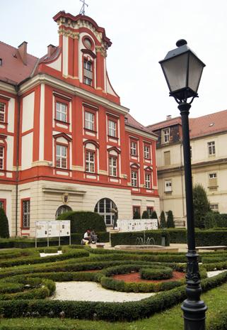 Eine der Landmarken in Breslau: das Ossolineum. (Foto Klaus Klöppel)
