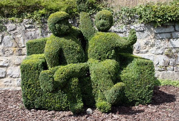 Mehr als 250 gewachsene Kunstwerke zieren den Parc des Topiaires. (Foto Karsten-Thilo Raab)