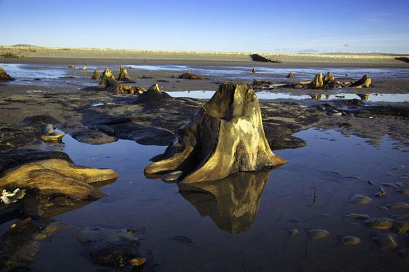 Das kleine Wales gibt sich - wie hier an einem Strandabschnitt bei Borth - überaus malerisch.