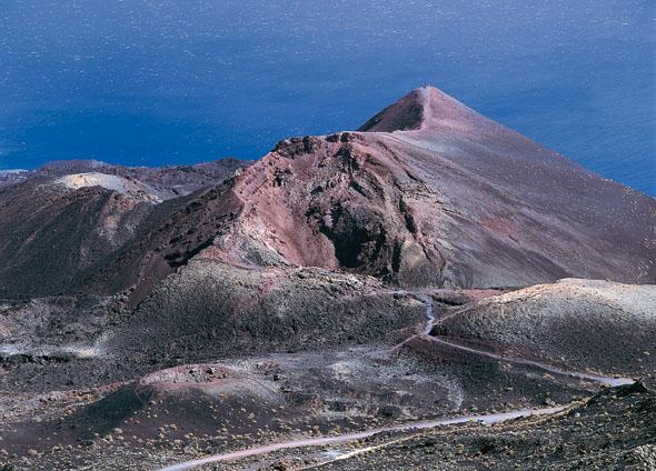 Wirkt fast wie eine Mondlandschaft aus einem Hollywoodfilm: der Vulkan Tenegui. (Foto Turespaña)