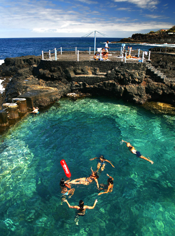 Traumhafter Badeplatz: der Charco Azul auf La Palma. (Foto Promotur Turismo Canarias,)