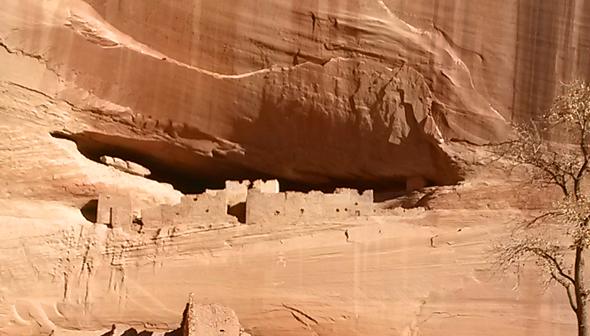 Uralte Wohnförmen sind in Arizonas Nationalparks zu bestaunen.