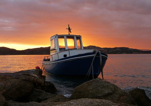Der Sonnenuntergang auf Sardinien bietet viel Raum für Träumereien und für Traummotive. (Foto Daniel Stricker/Pixelio)