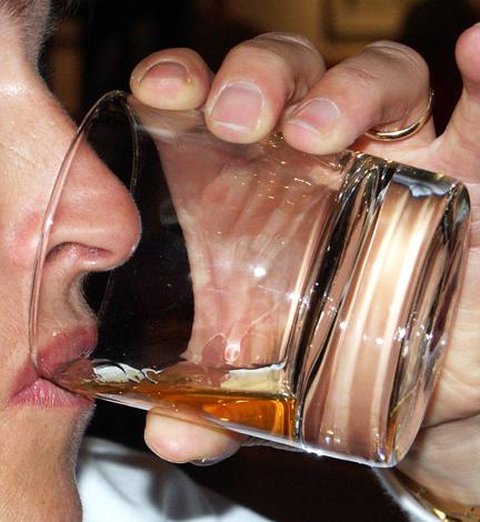 Ein Tasting gehört in Bushmills zu einer Besichtigungstour dazu. (Foto Karsten-Thilo Raab)