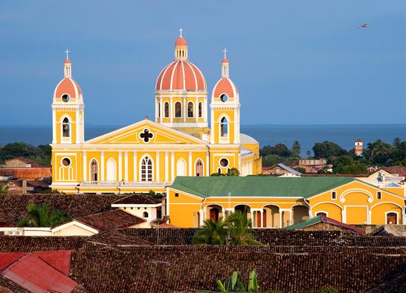 Eine der schönsten Kolonialstädte entlang des Camino Real: Granada in Nicaragua.