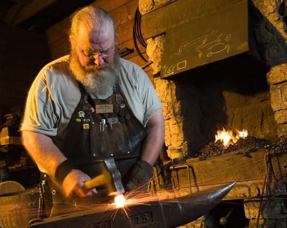 In der historischen Schmiede von John Deere lässt sich auf den Spuren der berühmten Landmaschinen wandeln. (Fotos greatriverroad-illinois.org)