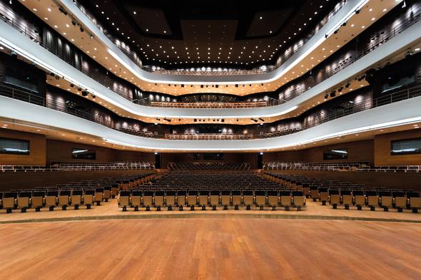 Das neu errichtete Nationale Musikforum stammt aus der Fedser des polnischen Architekten Stefan Kuryłowicz. (Foto Lukassz Rajchert)