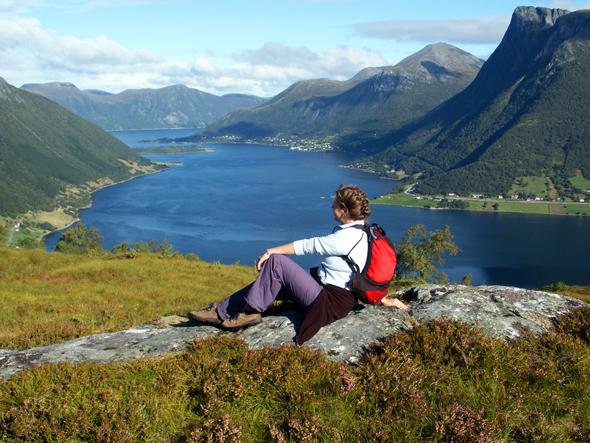 Traumhaft und perfekt für Wanderungen: die Region rund um den Ørstafjord. (Foto Karsten-Thilo Raab)