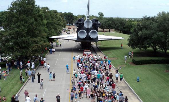 Im Space Center in Houston stimmen die Besucher gleich millionenfach mit den Füßen ab.