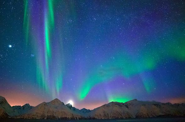Die Aurora Borealis ist ein Naturphänomen, dem sich niemand entziehen kann. (Foto Thomas Hein/Pixelio)