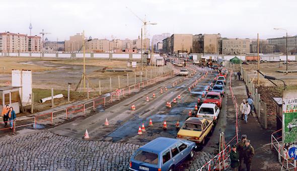 Mit beeidruckenden Aufnahme dokumentierte Jacques Obers den Wandel des Potsdamer Platzes im Laufe der Jahrzehnte. (Foto Jacques Obers)