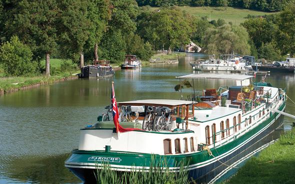 Ein traumhaftes Revier für Hobby-Kapitäne: der Canal de Bourgogne in Burgund. (Foto Alain Doire)