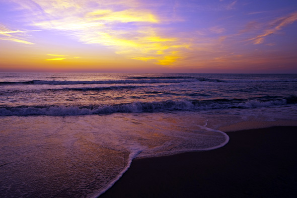 Stimmungsvoller Sonnenaufgang über dem Atlantik in North Carolina. (Fotos Visit NC)