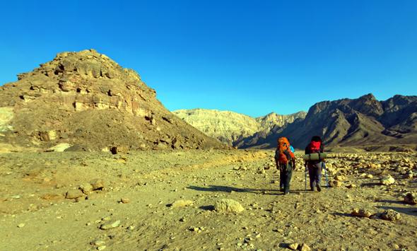 Die Gesteinsformationen im Timna Park lassen sich nicht nur bei Wandertouren entdecken.