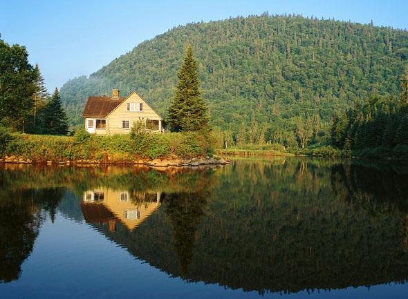 Traumlandschaften finden sich vor allem in und um den Parc National de la Jacques-Cartier in Québec. (Foto Karsten-Thilo Raab)