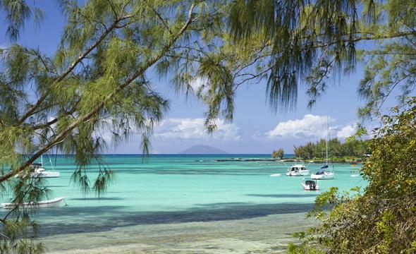 Auf Mauritius stehen auch einige Starndabschnitte den Reitern offen. (Fotos MTPA)
