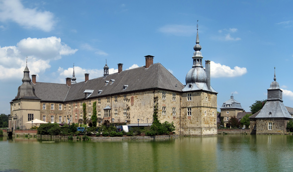 Prächtiges Kleinod im Ruhrgebiet: das Schloss Lembeck. (Foto Rainer Lippert)