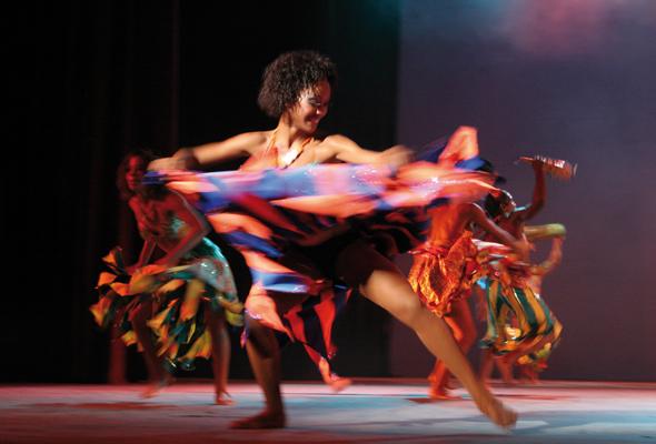 Der Rhythmus der Insel ist nicht nur bei den vielen kulturellen Darbietungen zu spüren.